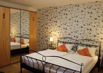 Ferienwohnung Lescher – Schlafzimmer App. 1