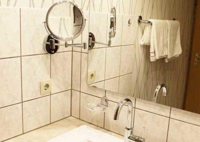 Ferienwohnung Lescher – Badezimmer App. 2